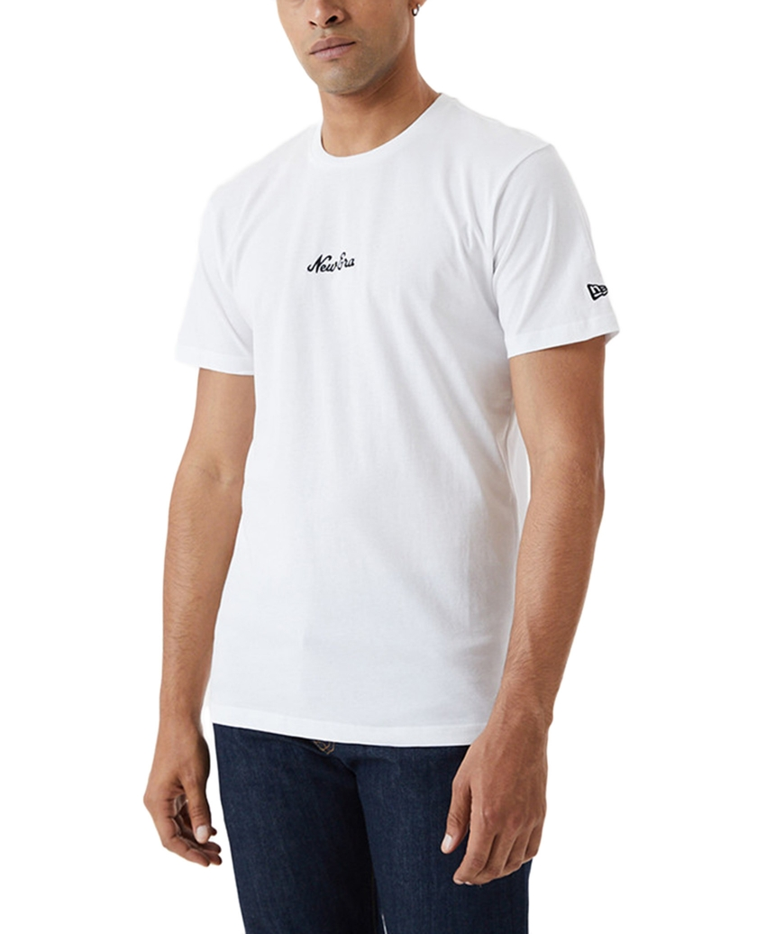 NEW ERA ESSENTIAL SCRIPT WHITE T-SHIRT